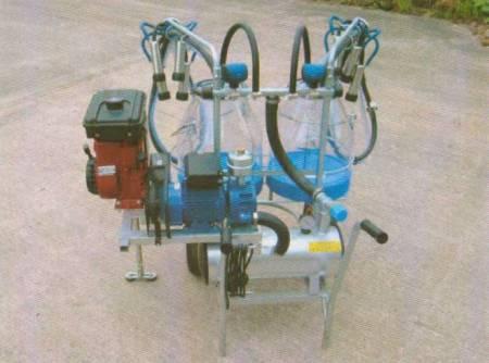Twin cow petrol portable milking machine